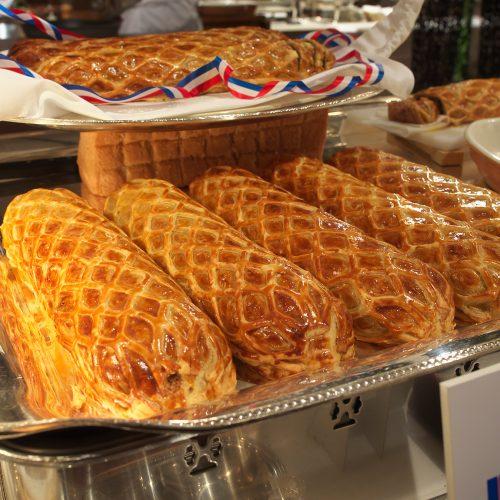 USビーフフィレ肉のフォアグラ詰めパイ包み焼き