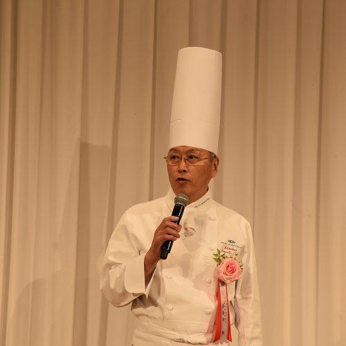 総料理長 善養寺明氏による料理紹介